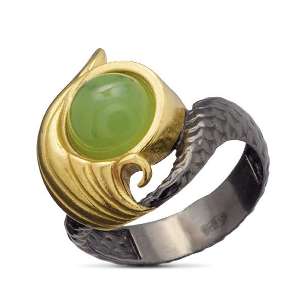 Купить Серебряное кольцо с нефритом и позолотой 71801308n, Нефрит