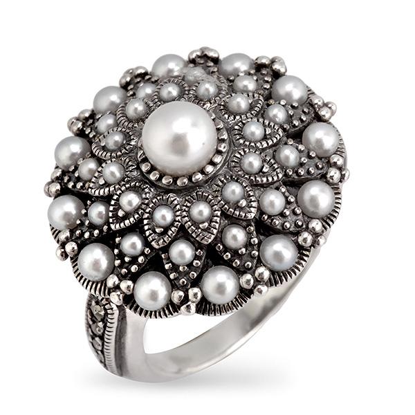 Купить со скидкой Серебряное кольцо c жемчугом,микрожемчугом и марказитами RKR008