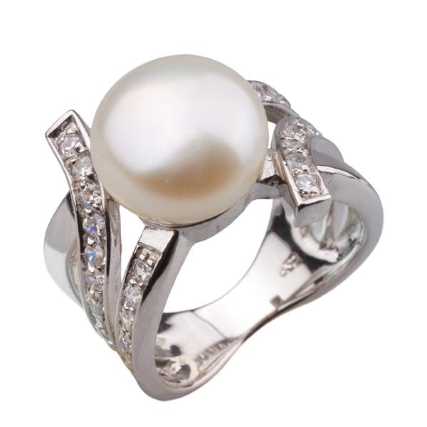 Купить со скидкой Серебряное кольцо De Luna с жемчугом и фианитами RS2559