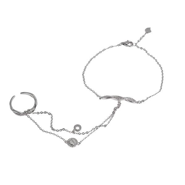 Купить со скидкой Серебряный слейв-браслет Sandara Ice с фианитами SGSB388